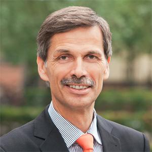 Prof. Dr. Dr. h.c. Dr. h.c. Jörg Becker